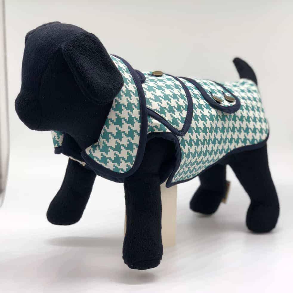 beispie ecotex hundebekleidung 982x982 - Kunstleder bedrucken mit der Epson Surecolor S-Serie